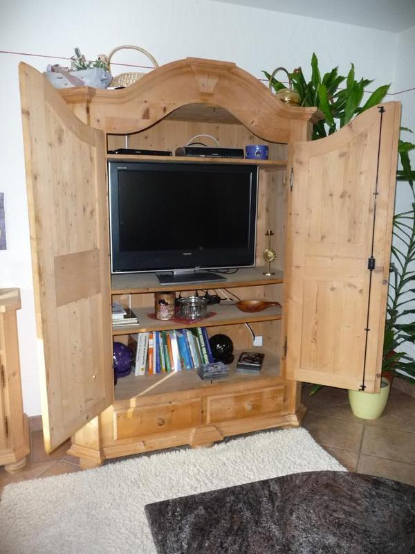 tv bauernschrank in raubling wohnzimmerschr nke anbauw nde kaufen und verkaufen ber private. Black Bedroom Furniture Sets. Home Design Ideas