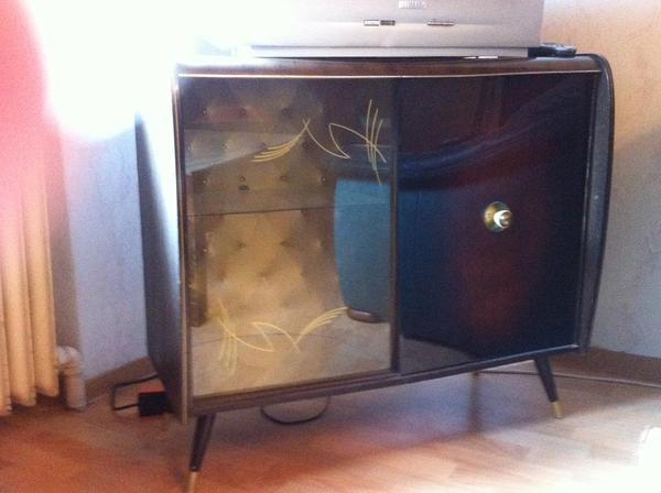 tv schrank glasaufsatz gallery of tv schrank glasaufsatz with tv schrank glasaufsatz good. Black Bedroom Furniture Sets. Home Design Ideas