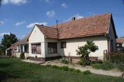 Ungarn: Haus auf