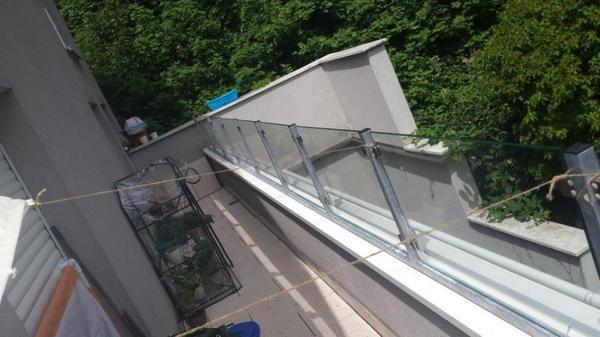 verkaufe windschutz f r balkone und terrassen in bludenz. Black Bedroom Furniture Sets. Home Design Ideas
