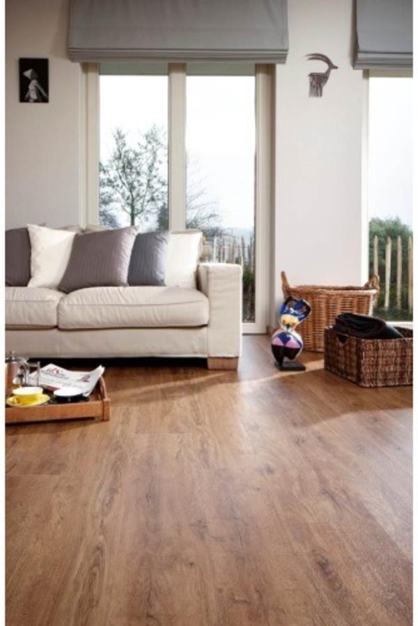 vinylboden zum klicken holzoptik eiche dunkel in bomlitz sonstiges material f r den hausbau. Black Bedroom Furniture Sets. Home Design Ideas