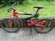 vollgefedertes Mountainbike 28