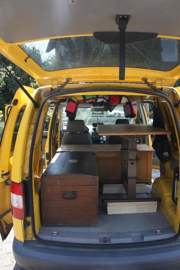 vw caddy campingmobil oder lieferwagen in dingolfing wohnmobile kaufen und verkaufen ber. Black Bedroom Furniture Sets. Home Design Ideas