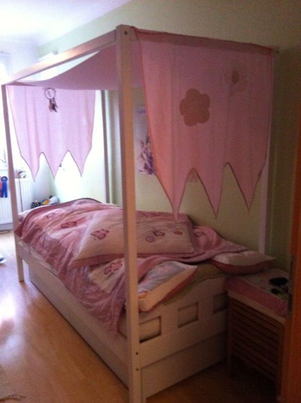 wei es himmelbett vom schreiner gebaut zu verkaufen. Black Bedroom Furniture Sets. Home Design Ideas