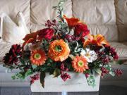 Wunderschönes neues Seidenblumen-