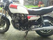 XJ 550 / 4V8