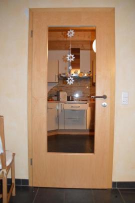 Zimmertür komplett mit zarge  Bauen, Renovieren zu verkaufen | Local24 kostenlose Kleinanzeigen