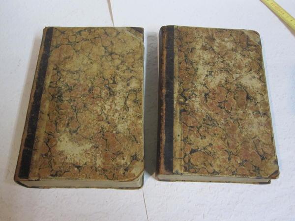 2 uralte Lateinbücher