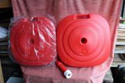 2x neue rote Plastik-Schirmständer für
