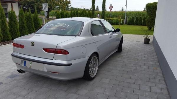 Alfa Romeo 156 2. 4 JTD - Frücht - Alfa Romeo, 156, Limousine, Diesel, 110 kW, 166000 km, EZ 09/2001, Schaltgetriebe, Silber. Alfa Romeo 156 2.4 JTD - Unfallfrei, TÜV bis 09.2018. Keine Händleranfragen!!!.. - Frücht