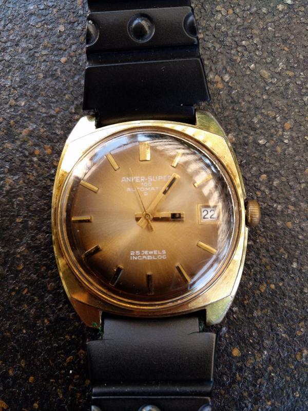 ANKER Super 100 » Uhren