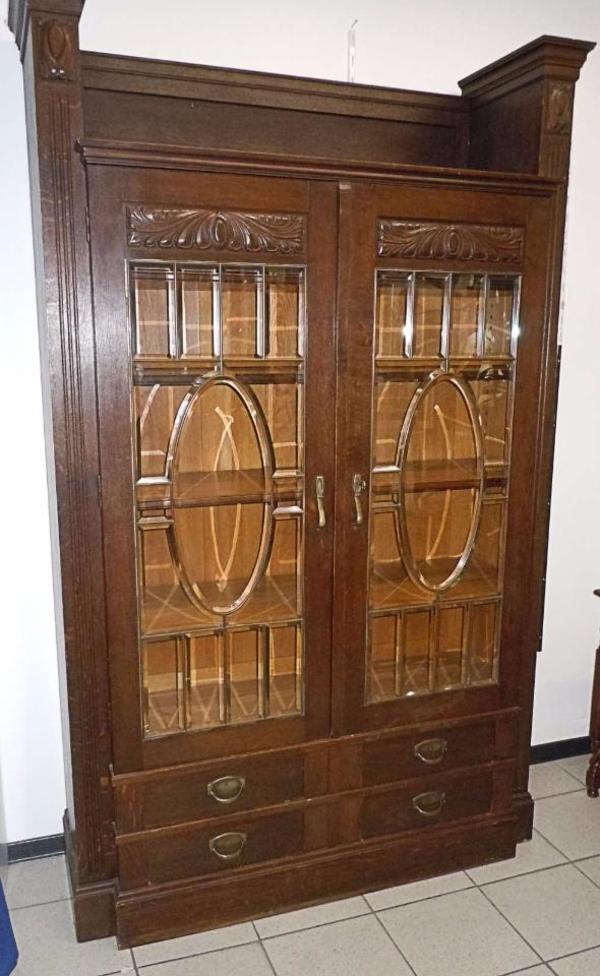 Antiker vitrinen schrank um 1900 mit eingschliffenen for Schrank quoka