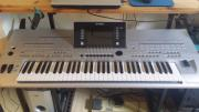 Biete. : Keyboard Tyros