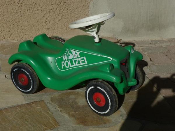 bobbycar von bic polizei bobbycar in lbronn d rrn kinderfahrzeuge kaufen und verkaufen ber. Black Bedroom Furniture Sets. Home Design Ideas