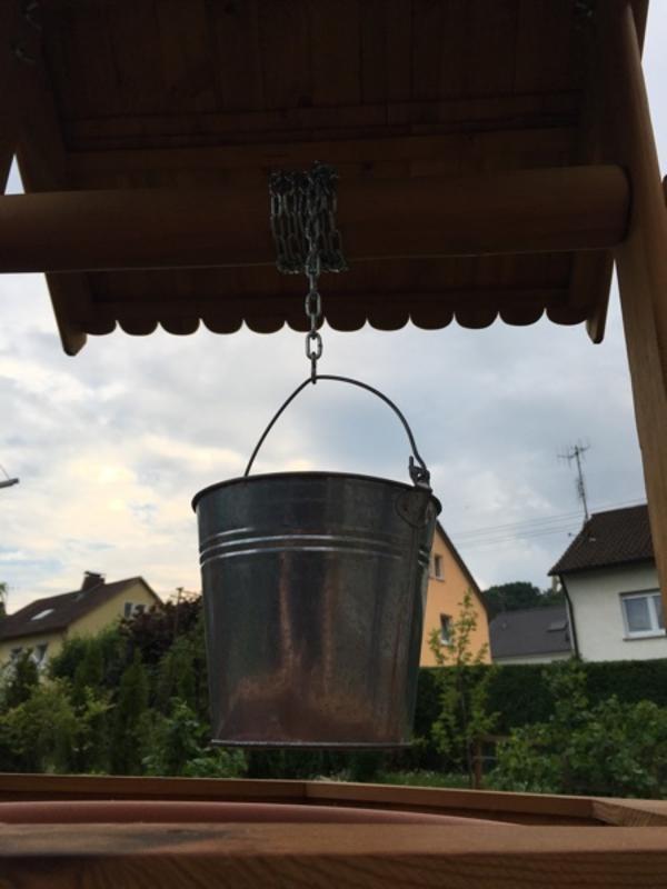 Brunnen aus Holz / Holzbrunnen /Selbstgemacht und Neu! Gartendeko ...