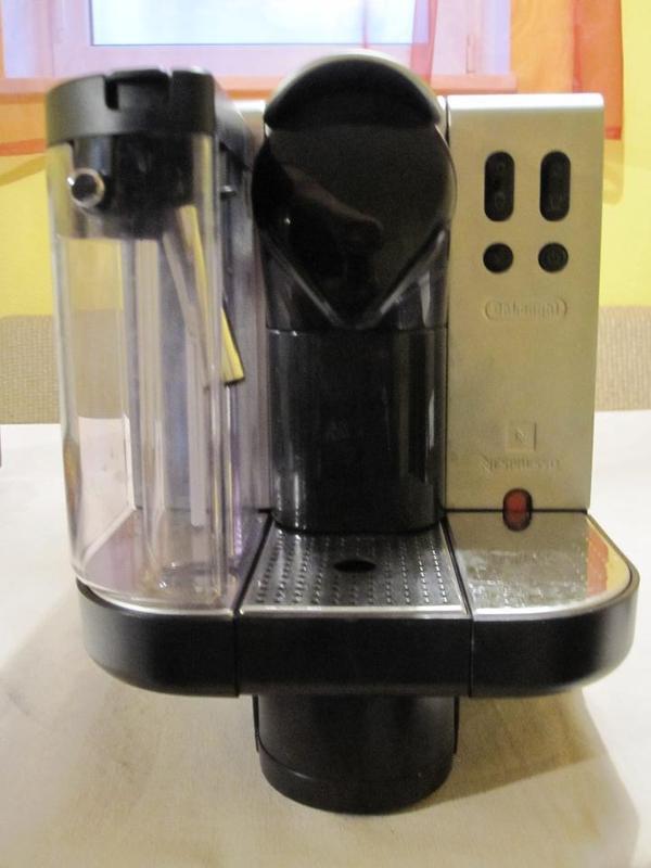 delonghi lattissima nespresso espresso maschine in. Black Bedroom Furniture Sets. Home Design Ideas