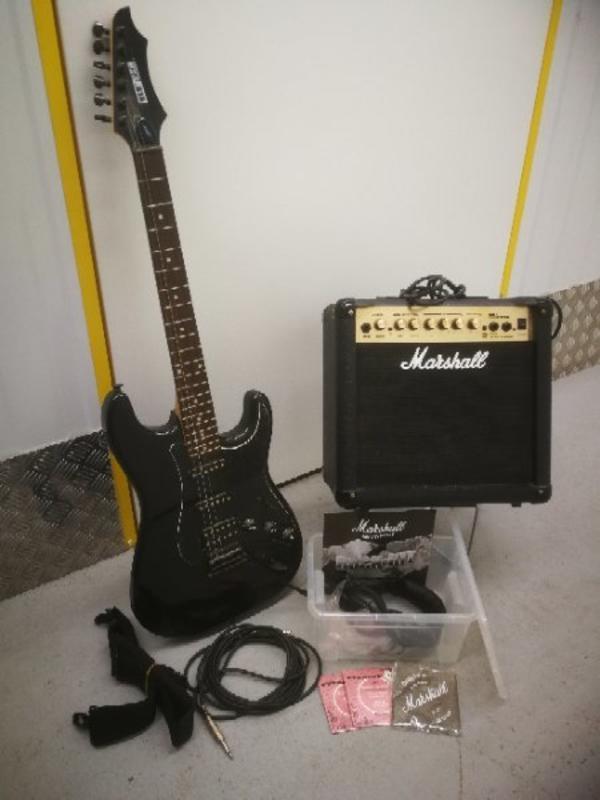 Berühmt E Gitarren Diagramm Zeitgenössisch - Elektrische ...