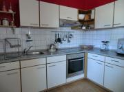 Einbauküche cremefarben