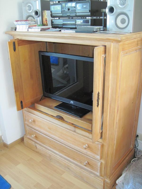 Fernsehschrank geschlossen  Fernsehschrank Geschlossen: Wohnwand & Schrankwand gebraucht ...