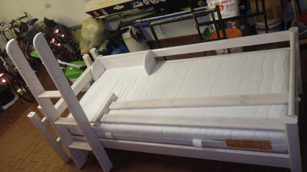 flexa halbhohes bett mit rutsche halbhohes bett gebraucht. Black Bedroom Furniture Sets. Home Design Ideas