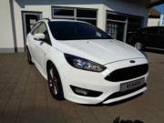 Ford Focus ST-Line EcoBoost NAVI