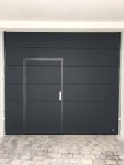 garagen sektionaltor mit schlupft r und torantrieb in dettenheim t ren zargen tore. Black Bedroom Furniture Sets. Home Design Ideas