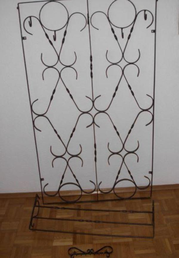 garderobe schmiedeeisern mit hutablage und. Black Bedroom Furniture Sets. Home Design Ideas