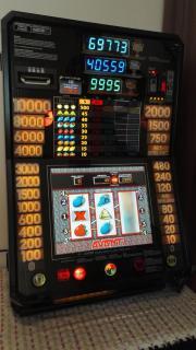 Geldspielautomat, Merkur Triple