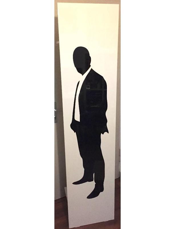 Hochglanz garderobenpaneel motiv mann und frau in for Garderobenpaneel schwarz hochglanz