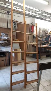 Holzleiter, Dachbodenleiter