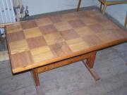 Holztisch zu verkaufen