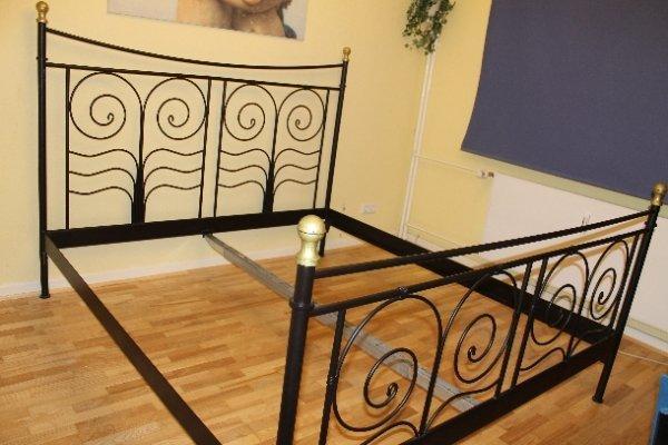 bett 180x200 wiesbaden gebraucht kaufen nur 2 st bis 75. Black Bedroom Furniture Sets. Home Design Ideas