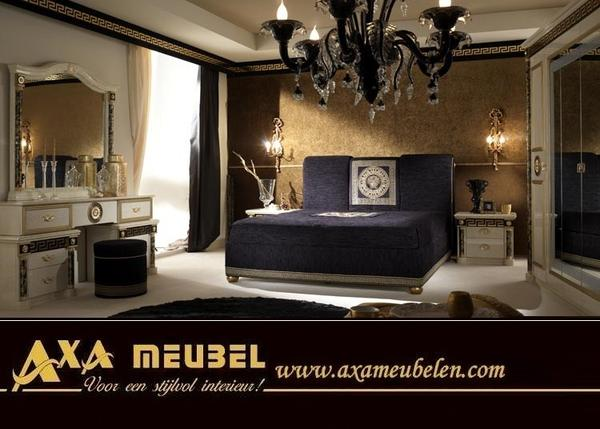 italien hochglanz schlafzimmer royale moonlight woiss m bel angebote in breda schr nke. Black Bedroom Furniture Sets. Home Design Ideas