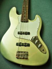 Jazz Bass E.