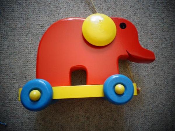 Kinderartikel Elefant zum nachziehen Holz