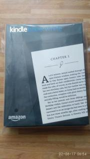 Kindle Paperwhite E-Reader mit ebooks