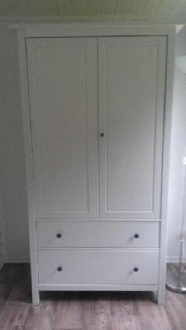 Kleiderschrank weiss Ikea Hemnes in Leipzig - IKEA-Möbel kaufen und verkaufen über private ...