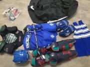 komplette Hockeyausrüstung