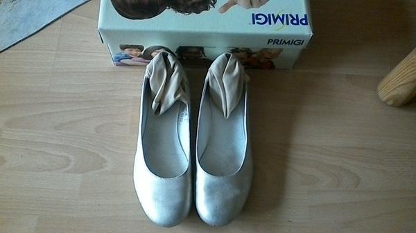 finest selection 23e21 7424a Leder Ballerinas PRIMIGI in gold Gr. 38. Sehr schön, bequem ...