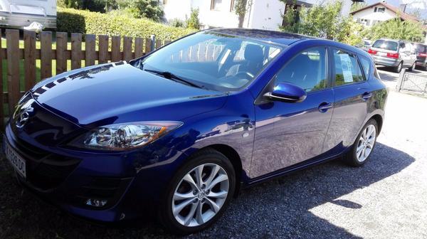 Mazda 3 Blau » Mazda 2, 3, 323