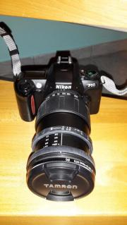 Nikon F 65.