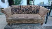 Nostalgisches Sofa