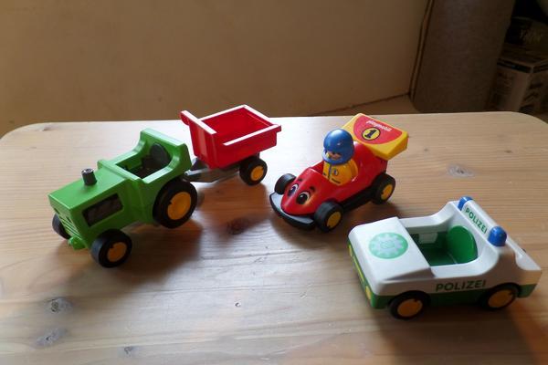 Playmobil 123 Traktor, Rennwagen, Polizeiauto - Heilbronn Neckargartach - Playmobil 123 Traktor, Rennwagen, PolizeiautoAbwechslungsreiche Fahrzeuge - Heilbronn Neckargartach