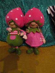 Puppe - Erdbeermädchen oder