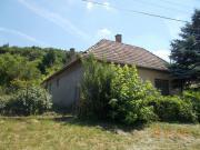 Renovierungsbedürftiges Steinhaus in