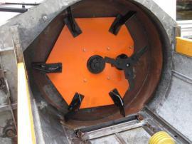 Bild 4 - RESERVIERT Saco Seiten - Miststreuer für - Marul
