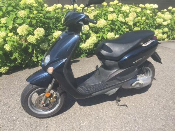 roller yamaha neos 50ccm in weiler yamaha roller kaufen. Black Bedroom Furniture Sets. Home Design Ideas