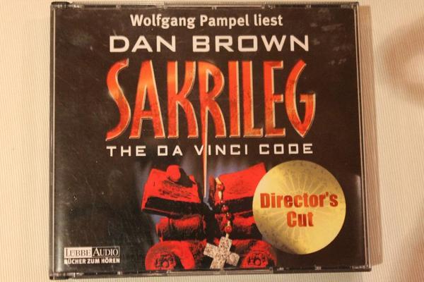 """Sakrileg - Dan Brown - Hörbuch - Neuwied - Audio-CD """"Sakrileg - The Da Vinci Code"""" (Director`s Cut) von Dan Brown, gelesen von Wolfgang Pampel. Sehr guter Zustand aus Nichtraucher-Haushalt. Versand zzgl. 1 EUR. Liste aller zum Verkauf stehender Hörbücher kann per Mail zugesendet werden - Neuwied"""
