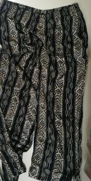 Schlafanzughose schwarz-weiß