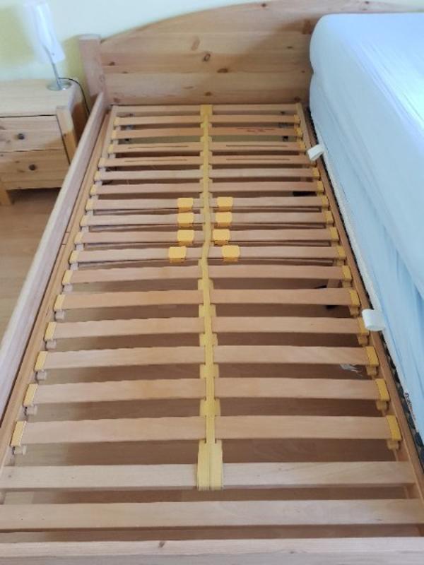schlafzimmer bett mit ankauf und verkauf anzeigen. Black Bedroom Furniture Sets. Home Design Ideas